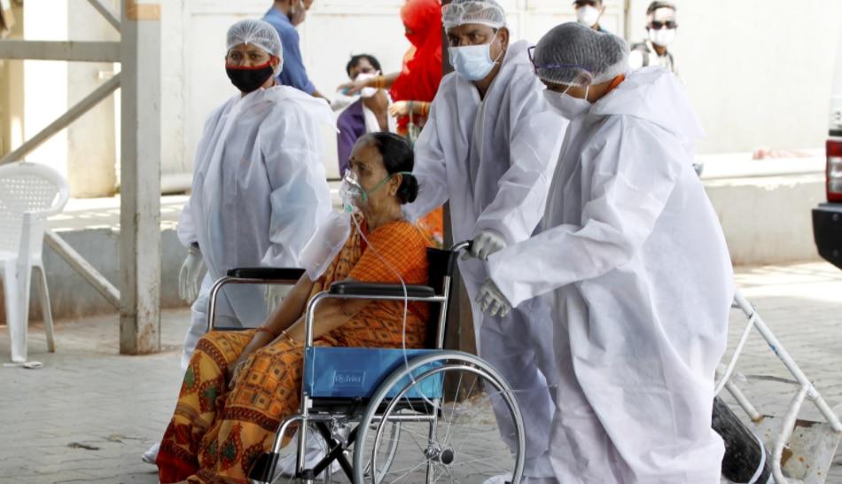 चुनाव बाद West Bengal में COVID-19 ने पसारे पैर, एक दिन में सबसे ज्यादा मौतें; CM ने बुलाई बैठक