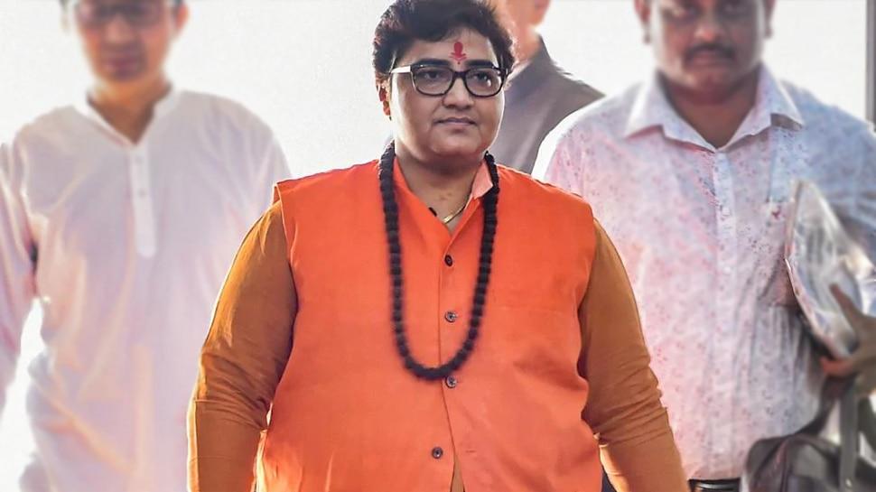West Bengal violence: BJP सांसद प्रज्ञा ठाकुर ने बंगाल हिंसा पर दिया विवादित बयान, कहा- यहां ताड़का की सरकार