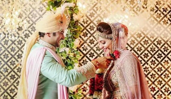 सुगंधा मिश्रा को संकेत भोंसले संग भारी पड़ी शादी, पुलिस तक पहुंचा मामला