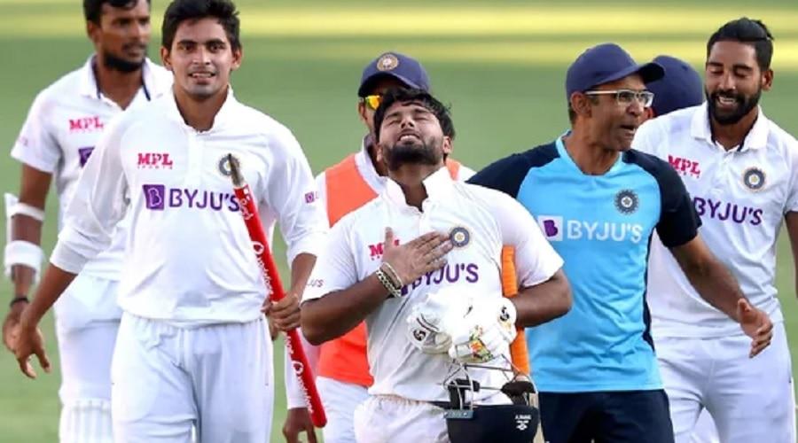 ICC Test Ranking: जो कारनामा धोनी अपने करियर में नहीं कर सके, वो रिषभ पंत ने कर दिखाया