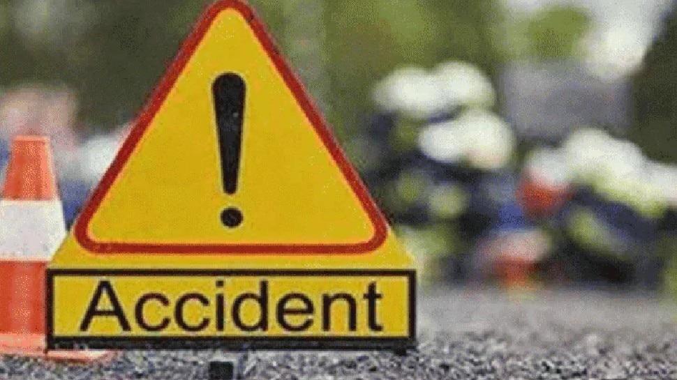 प्रयागराज: शास्त्री पुल पर 2 ट्रकों की भीषण टक्कर, दो की मौत, दो घायल