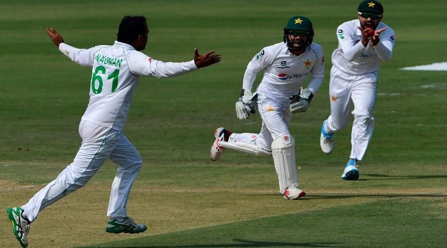 ZIM vs PAK: जिंबाब्वे का सीरीज में सूपड़ा साफ करने से एक विकेट दूर पाकिस्तान