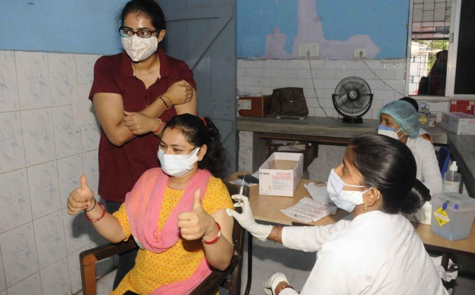 Covid-19 के इलाज में कारगर साबित हो रही AYUSH 64, दिल्ली में आज से मिलेगी मुफ्त