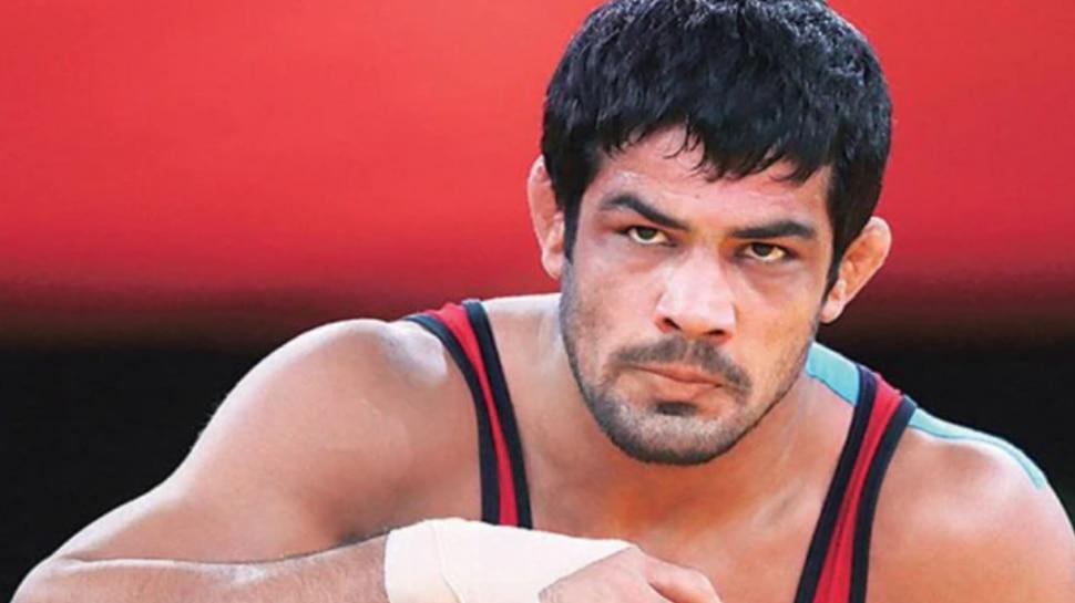 ओलंपिक स्टार Sushil Kumar की मुसीबत बढ़ी, पुलिस ने जारी किया लुकआउट नोटिस