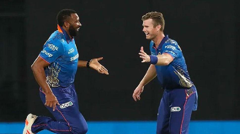 MI के James Neesham का बड़ा बयान, भारत में नहीं हो पाएगा IPL और T20 World Cup