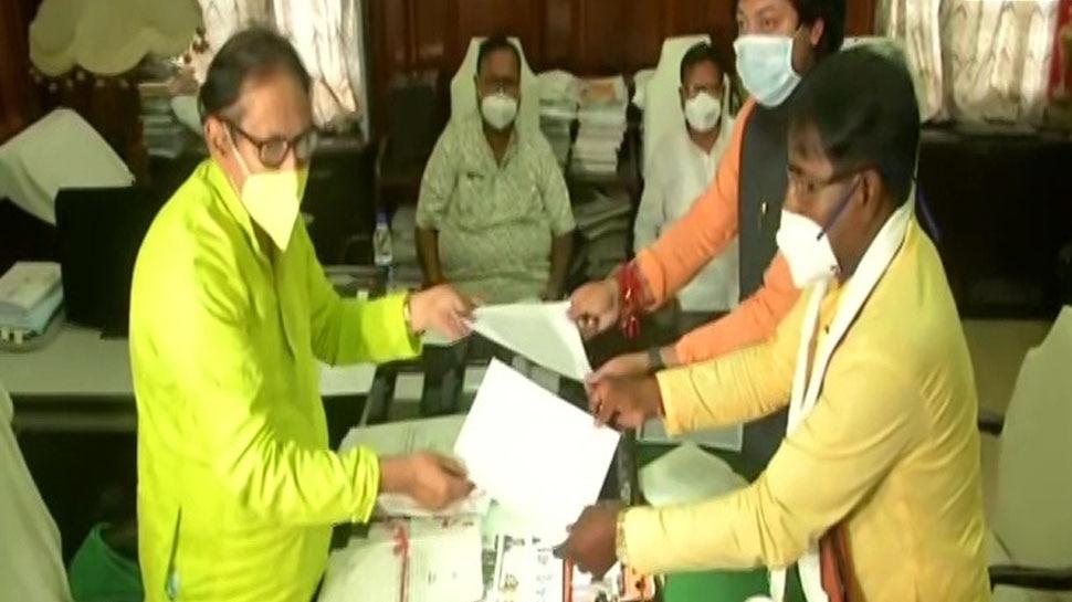 पश्चिम बंगाल: बीजेपी के सांसद Jagannath Sarkar और Nishith Pramanik ने MLA पद से दिया इस्तीफा, हाल में जीता था चुनाव