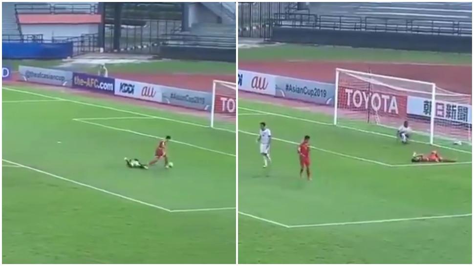 Viral Video: बिना Goal के सबको नचाती रही Football, परेशान हुए सभी Players