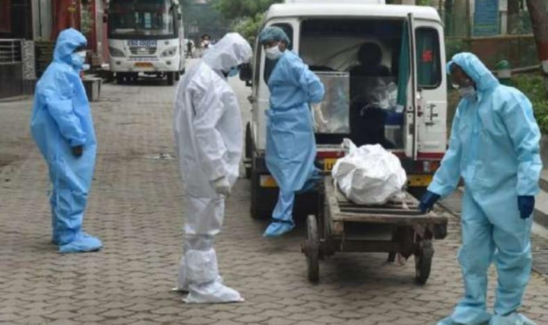 देश में Covid-19 के 3.62 लाख नये मामले, बीमारी से 4120 मरीजों की मौत