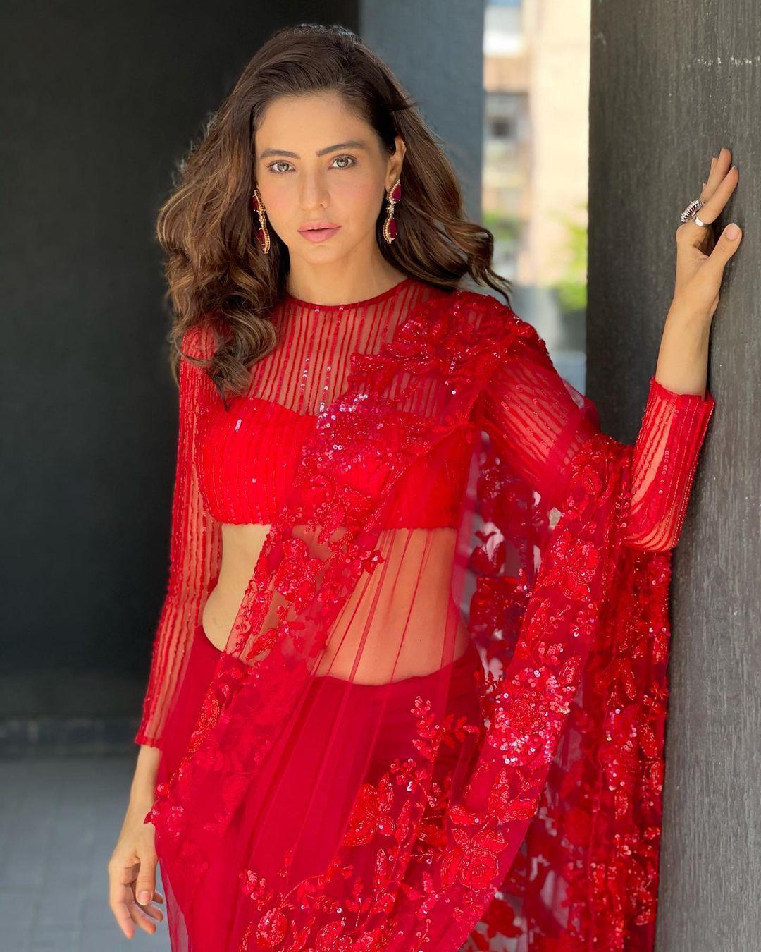 Aamna Sharif in Red Sari
