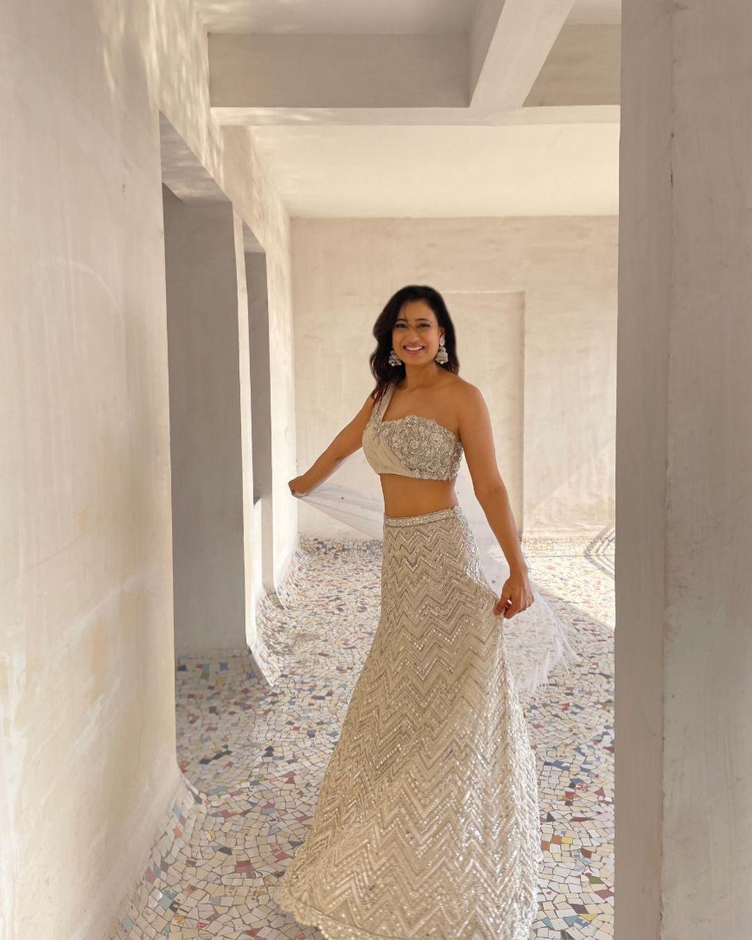 Shweta Tiwari in White dress