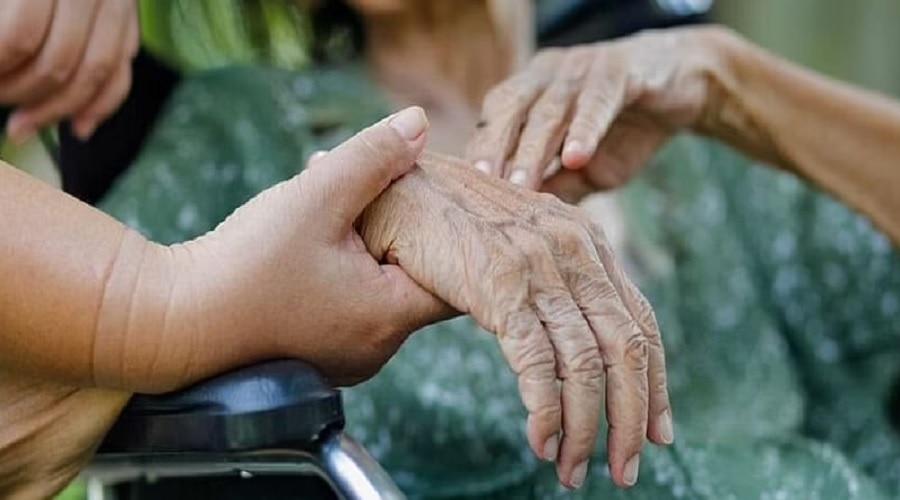 दिल्ली में 96 साल की महिला ने घर पर रहते हुए  जीती कोरोना के खिलाफ जंग