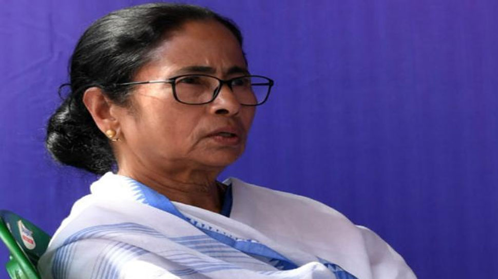 West Bengal: CM Mamata Banerjee के छोटे भाई Ashim Banerjee का निधन, Covid-19 ने ले ली जान