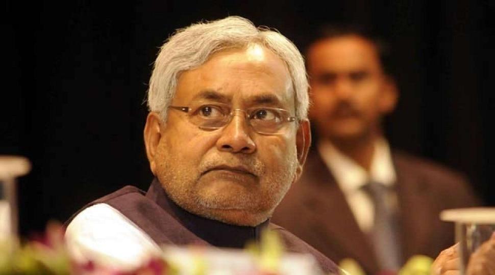 मरीजों की सुविधा का रखा जाय ख्याल, सरकार इलाज के लिए संसाधन में नहीं होने देगी कमी: नीतीश कुमार