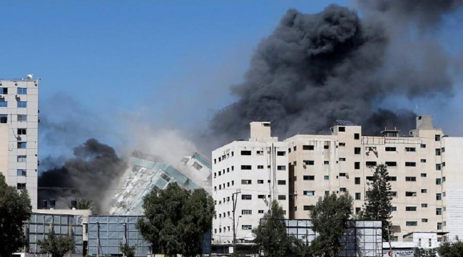 इजरायली सेना ने फोन किया, मीडिया टावर को खाली कराया, फिर कर दिया जमींदोज