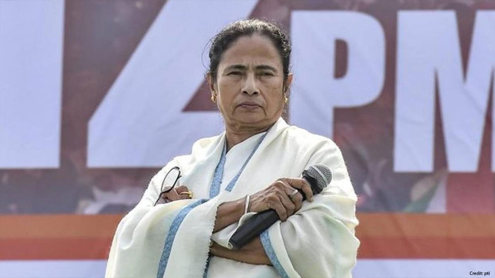 Narada Case: TMC के 2 मंत्री समेत 4 नेता गिरफ्तार, Mamata Banerjee भी पहुंची CBI ऑफिस