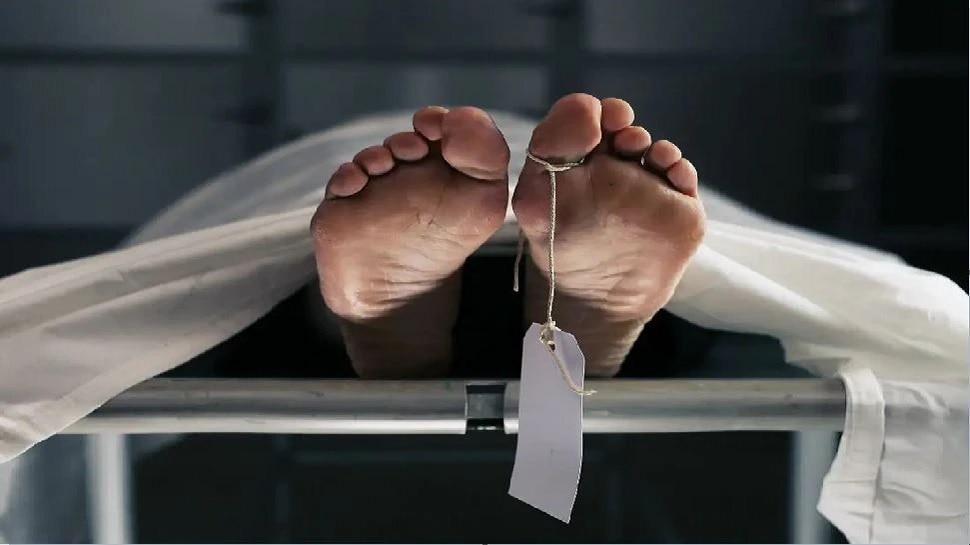 Alwar: गंदे नाले में मिला अज्ञात महिला का शव, मौत की गुत्थी सुलझाने में जुटी पुलिस