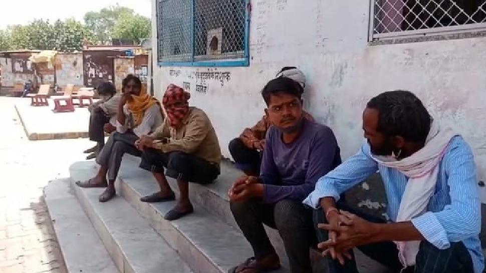 कोरोना काल में भूखे मजदूरों की पीड़ा, इंदिरा रसोई योजना को लगाया जा रहा पलीता