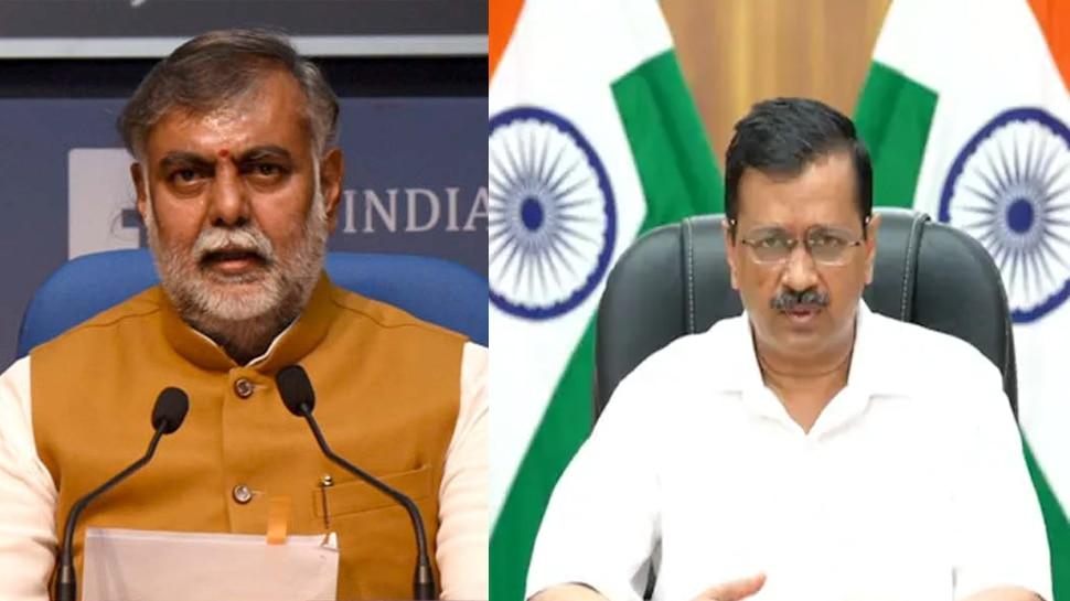 केंद्रीय मंत्री ने Arvind Kejriwal और दिल्ली के उपराज्यपाल को लिखी चिट्ठी, कहा- CM ने किया तिरंगे का अपमान