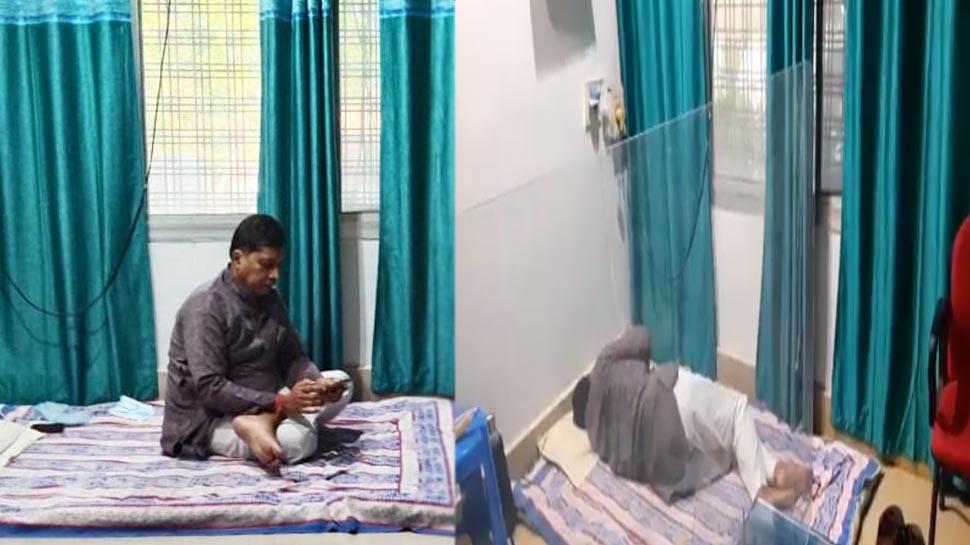 बीजेपी विधायक अपनी सरकार के नौकरशाहों से परेशान, बिजली कार्यलय में धरने पर बैठ गए