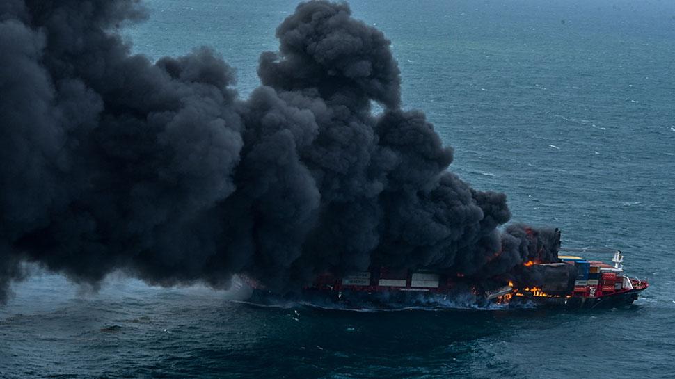 Sri Lanka में एसिड की बारिश का खतरा, Cargo Ship में लगी थी आग; मदद के लिए आगे आया भारत