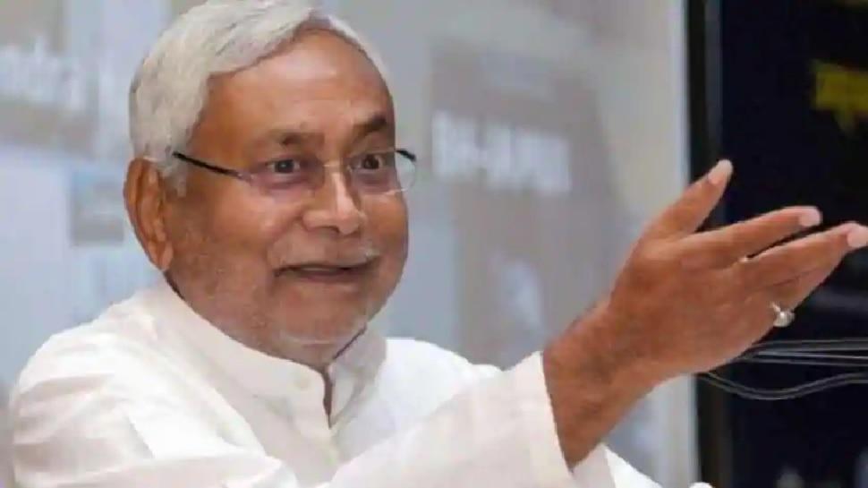 जनसंख्या को नियंत्रित करने के लिए लोगों को प्रेरित किया जा रहा है: नीतीश कुमार