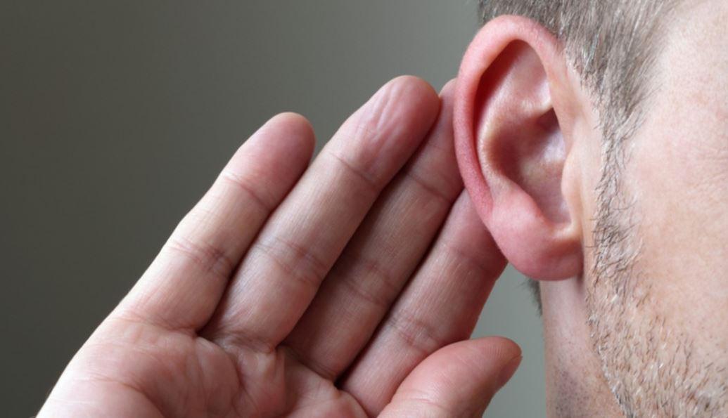 कोरोना संक्रमण से ठीक होने वालों में बहरेपन के लक्षण: कम सुनाई दे रहा है