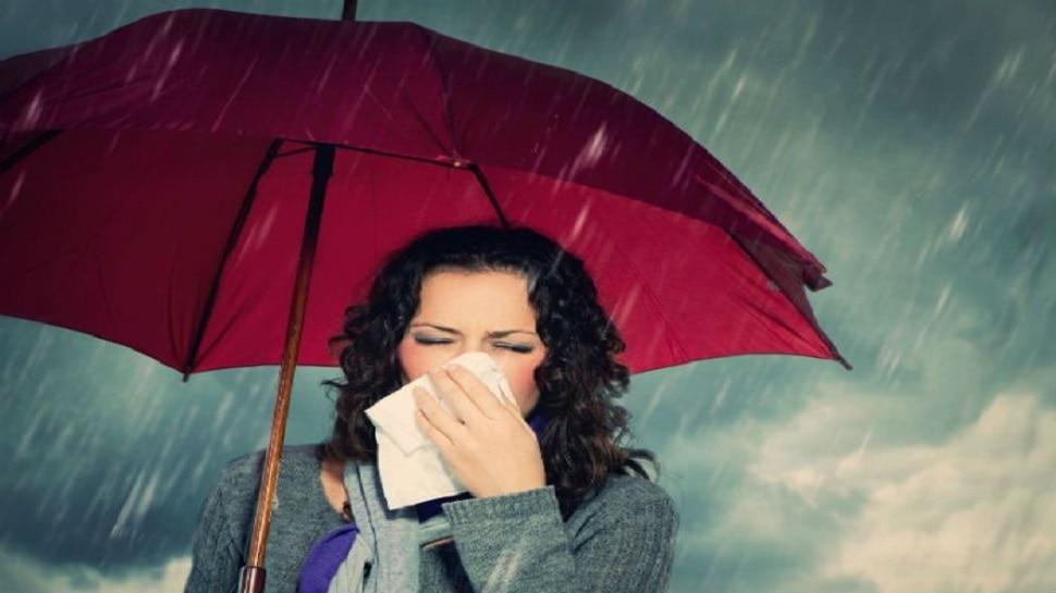 बारिश के मौसम में बढ़ जाता है इन 10 बीमारियों का खतरा, जानकारी रखना ही है बचाव