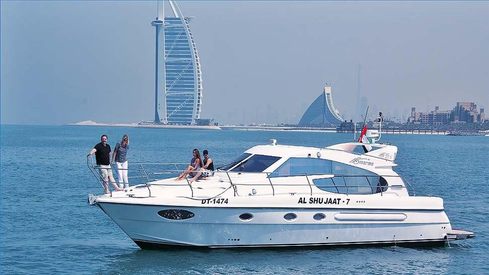 महामारी में है कहीं घूमने का प्लान तो दुबई में फिजिकल डिस्टैंसिंग के साथ नौकायन भर सकता है आप  में रोमांच