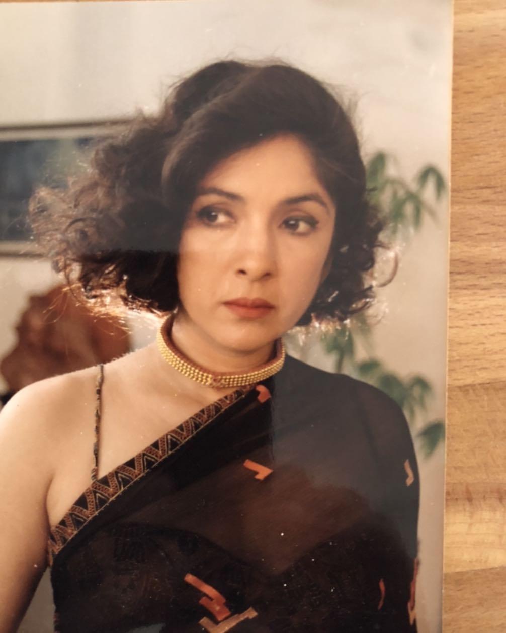 Neena Gupta wrote chapter on Choli Ke Peeche Kya Hai