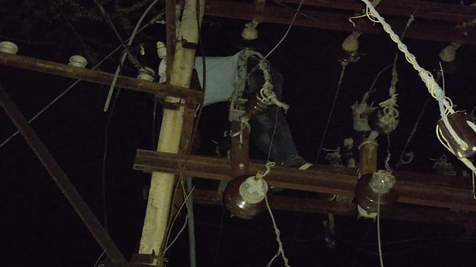 Jhunjhunu : लाइनमैन की करंट लगने से हुई मौत, तीन घंटे तक ट्रांसफार्मर पर झूलता रहा शव
