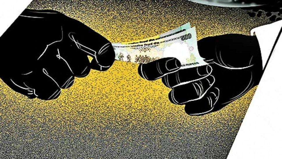 Jalore जिला शिक्षा अधिकारी का PA दिनेश कुमार ट्रैप, 30 हजार रुपये की रिश्वत बरामद