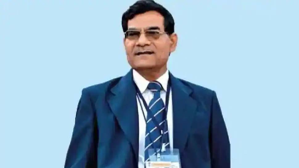 यूपी विधानसभा चुनाव से पहले BJP में बड़ा बदलाव,  पूर्व IAS अधिकारी एके शर्मा बने स्टेट वाइस प्रेसिडेंट