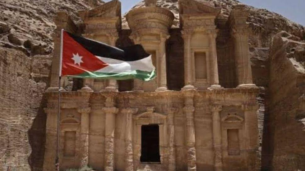 जॉर्डन के शाही परिवार में विवाद बढ़ा, अदालत की चौखट तक पहुंचा मामला