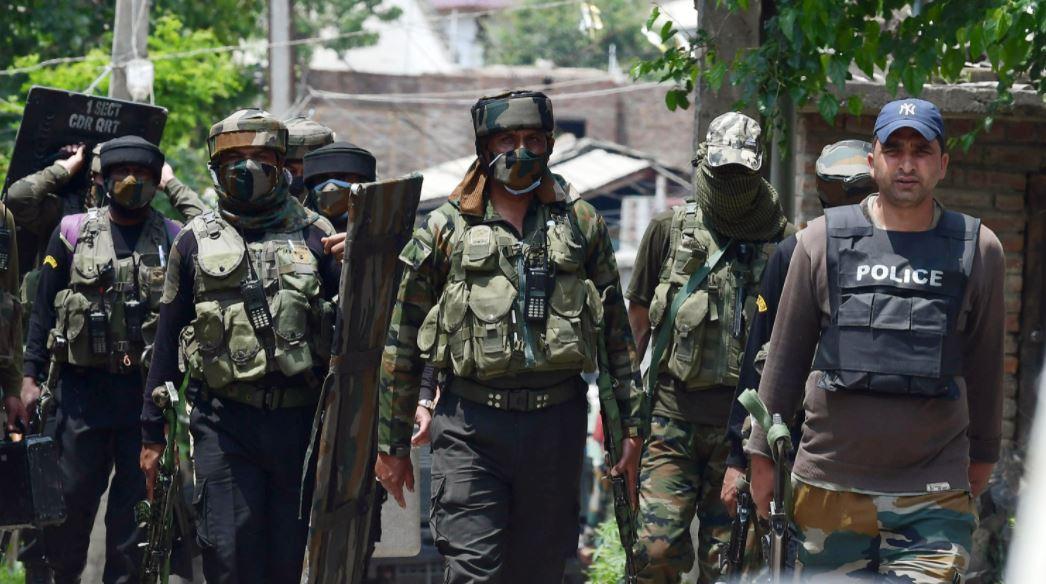 Sopore में सुरक्षाबलों की जवाबी कार्रवाई, LeT कमांडर Mudasir Pandit समेत 3 आतंकी ढेर