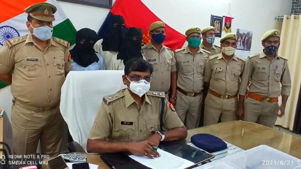 महाराजगंज पुलिस को मिली बड़ी सफलता, 10 तमंचा के साथ 3 आरोपी गिरफ्तार