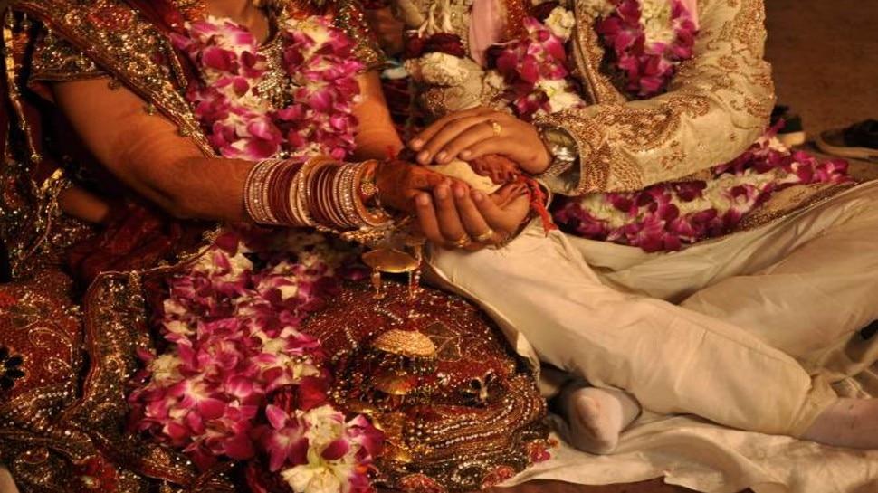 छत्तीसगढ़ की अनोखी शादीः बिलासपुर में पढ़े गए मंत्र, स्वीडन में लिए गए सात फेरे