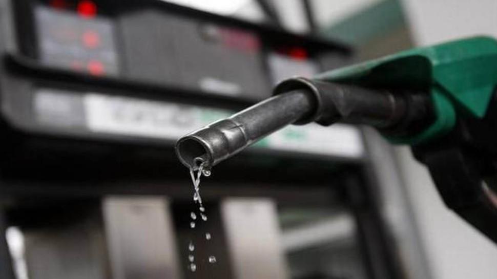 EXCLUSIVE: इस साल 125 रुपये तक जाएगा पेट्रोल! कीमतों में नहीं मिलेगी राहत, जानिए ऐसा क्यों कह रहे हैं एक्सपर्ट्स