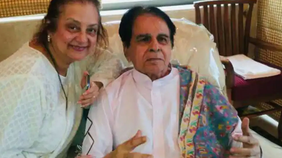 Faisal Farooqui shares a health update on Dilip Kumar, know how he is doing | अब कैसी है दिलीप कुमार की तबीयत? सांस लेने में दिक्कत के बाद अस्पताल में हुए थे भर्ती