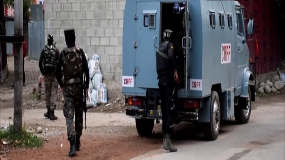 Jammu-Kashmir के राजपोरा में सुरक्षाबलों-आतंकियों के बीच मुठभेड़ जारी, 1 आतंकी ढेर; 1 जवान शहीद