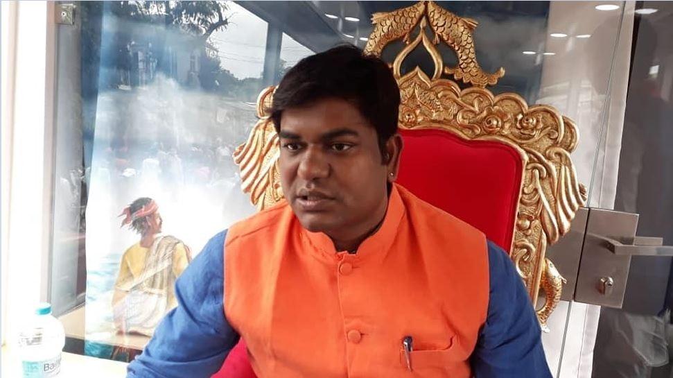 UP में मुकेश सहनी की 'VIP' की एंट्री, निषाद वोट पर नजर, जानें किन मुद्दों पर पार्टी लड़ेगी चुनाव