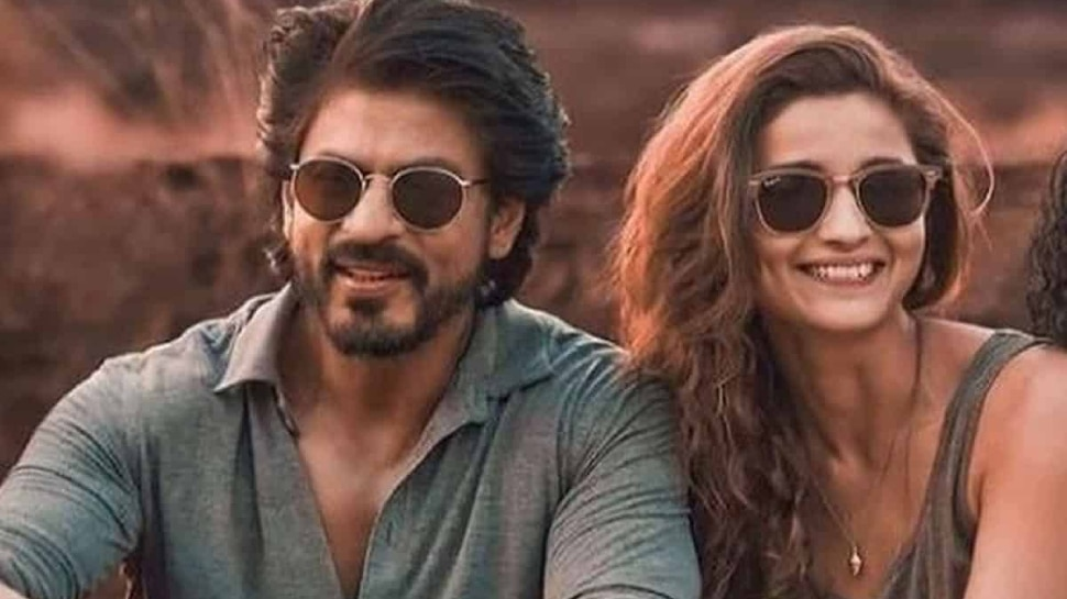 Shahrukh Khan Asked for Roles from Alia Bhatt On Twitter |  Shahrukh Khan asked for work from Alia Bhatt, said- I will come on time now