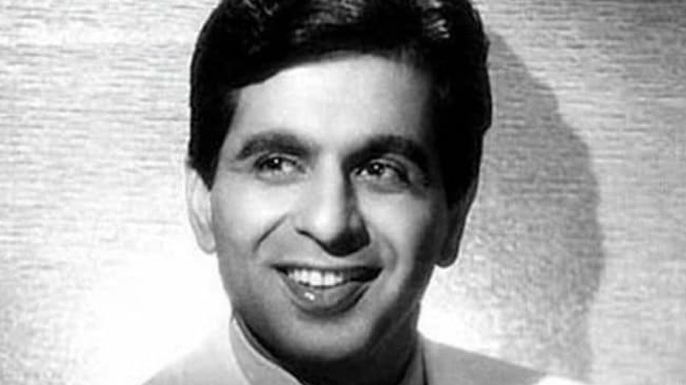 Dilip Kumar Passes Away: he wanted to become a football player, became acting emperor |  Dilip Kumar Passes Away: Ever wanted to be a football player, became an acting emperor
