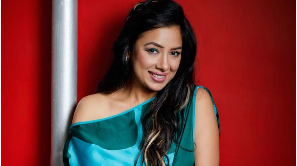 Anupamaa Fame Rupali Ganguly Shared Video On Instagram In A Mini Dress |  Anupamaa fame Rupali Ganguly shared the video on Instagram, left saree and had fun in short dress