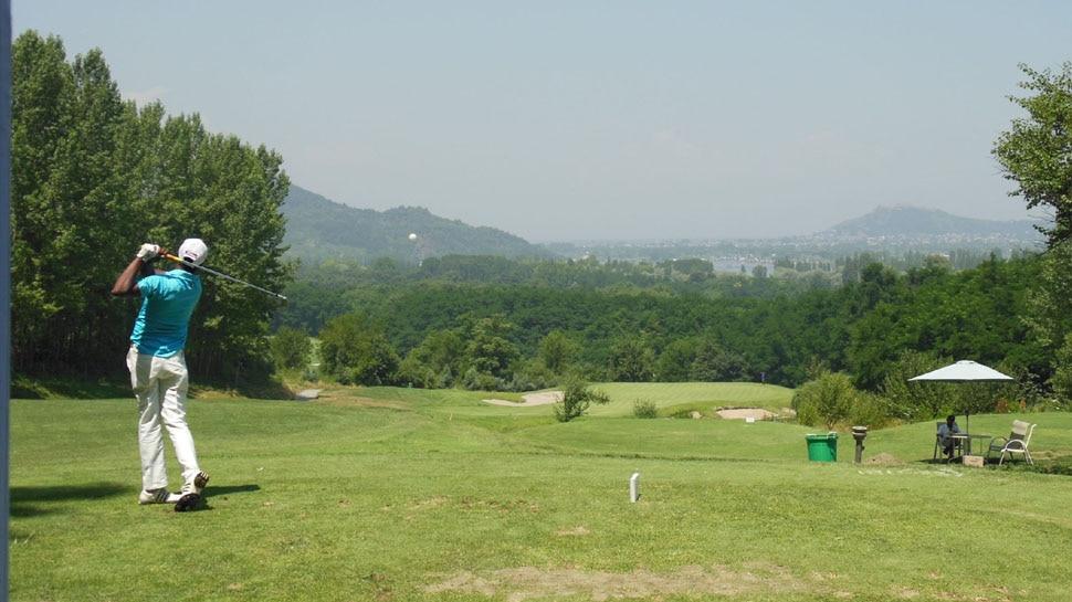 Golf का पावरहाउस बनेगा Kashmir, उपराज्यपाल Manoj Sinha ने की ये बड़ी पहल