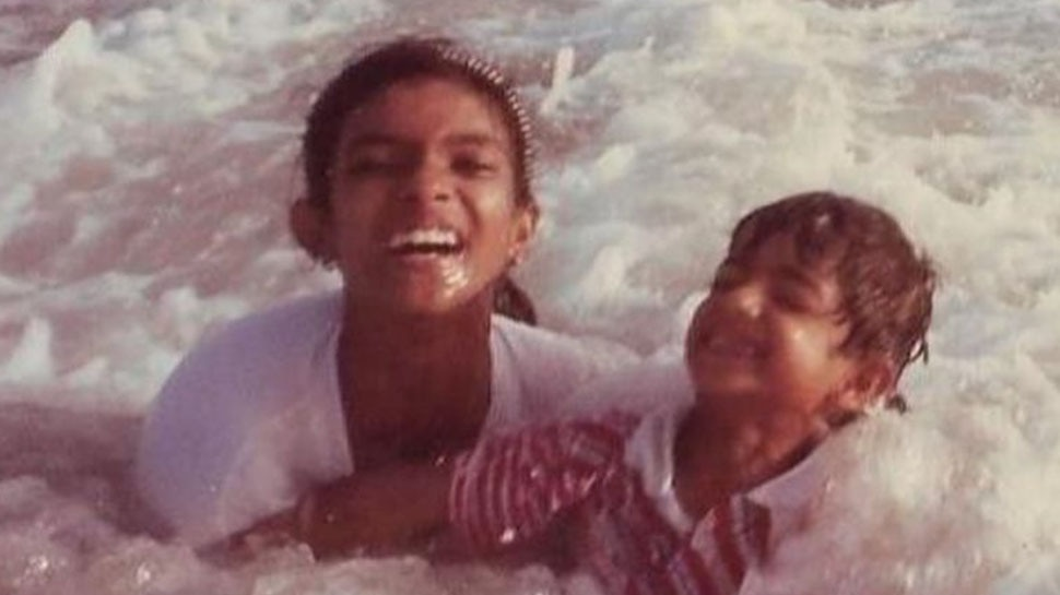 Water Baby Priyanka Chopra shares Childhood Photo from the Beach to wish her Brother Birthday |  Priyanka Chopra shared childhood picture, but who is this boy seen together?