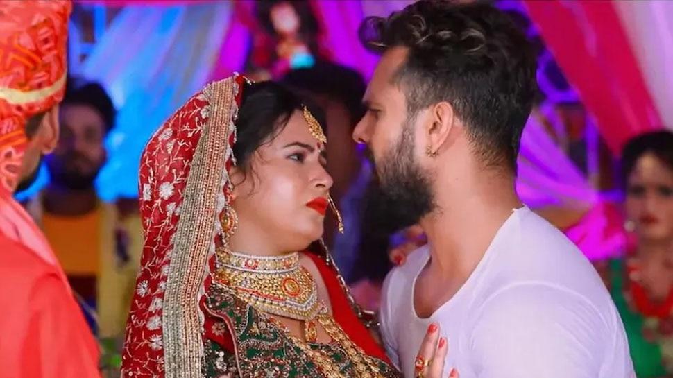 Khesari Lal Yadav Latest Song Babu Aao Na Getting Viral on Social Media Girlfriend Getting Married |  Khesari Lal Yadav kept doing babu-babu at the door, started taking 'girlfriend' from someone else inside