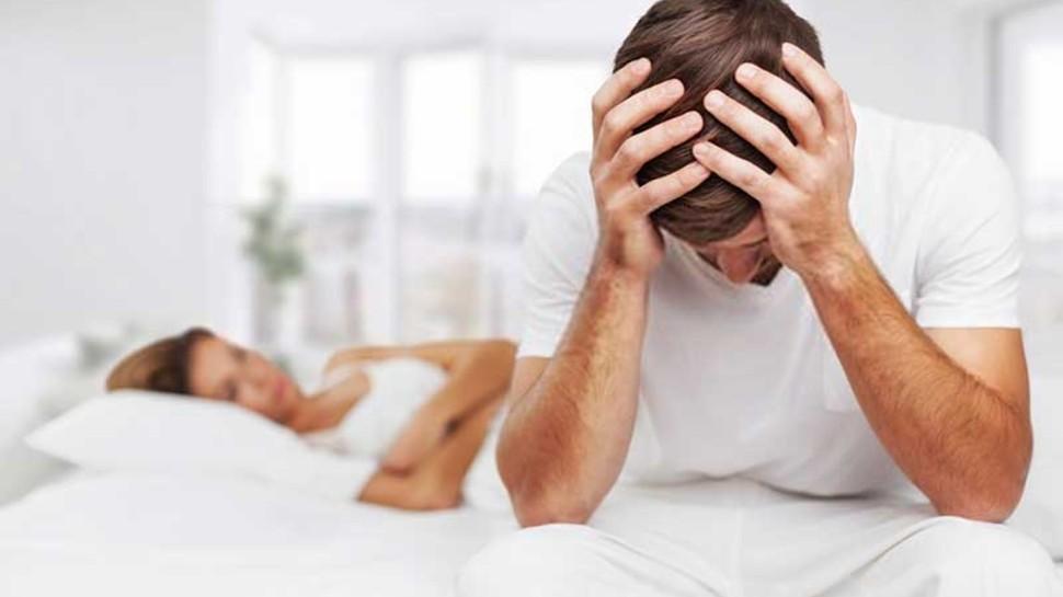 how to increase sexual power know here men's strength increase foods purushon ko kya khana chahiye brmp | Men's strength increase foods: पुरुषों का स्टैमिना बढ़ाती हैं ये 4 चीजें, बस जान लीजिए सेवन का सही तरीका