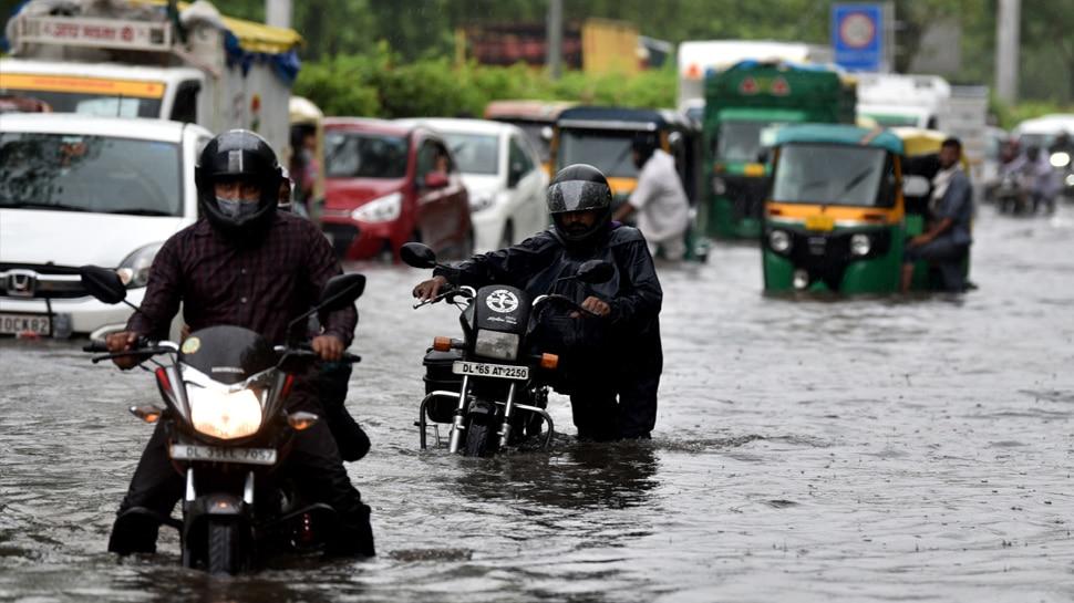 Delhi में जलभराव ने बढ़ाई मुसीबत, बारिश के पानी में डूबने से 8 साल के मासूम की मौत