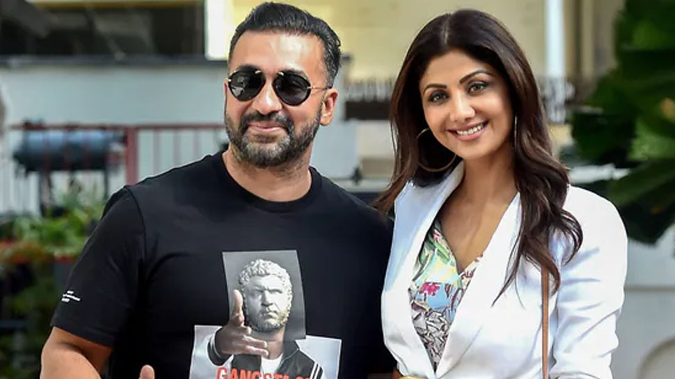 Shilpa Shetty Husband Raj Kundra Old Tweets on Porn vs Prostitution Getting Viral on Social Media People Trolling |  People dug out these old tweets of Raj Kundra, said these things openly on pornography