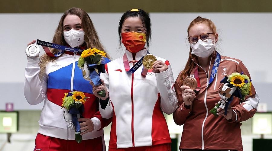 इस महिला ने जीता टोक्यो ओलंपिक का पहला स्वर्ण पदक